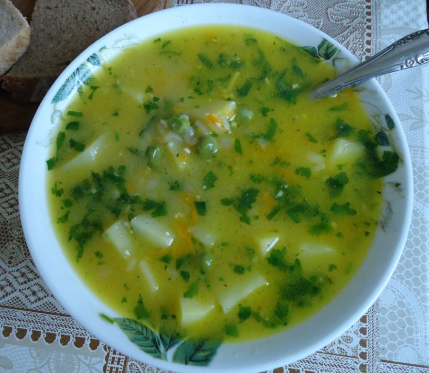 Суп с замороженным зеленым горошком