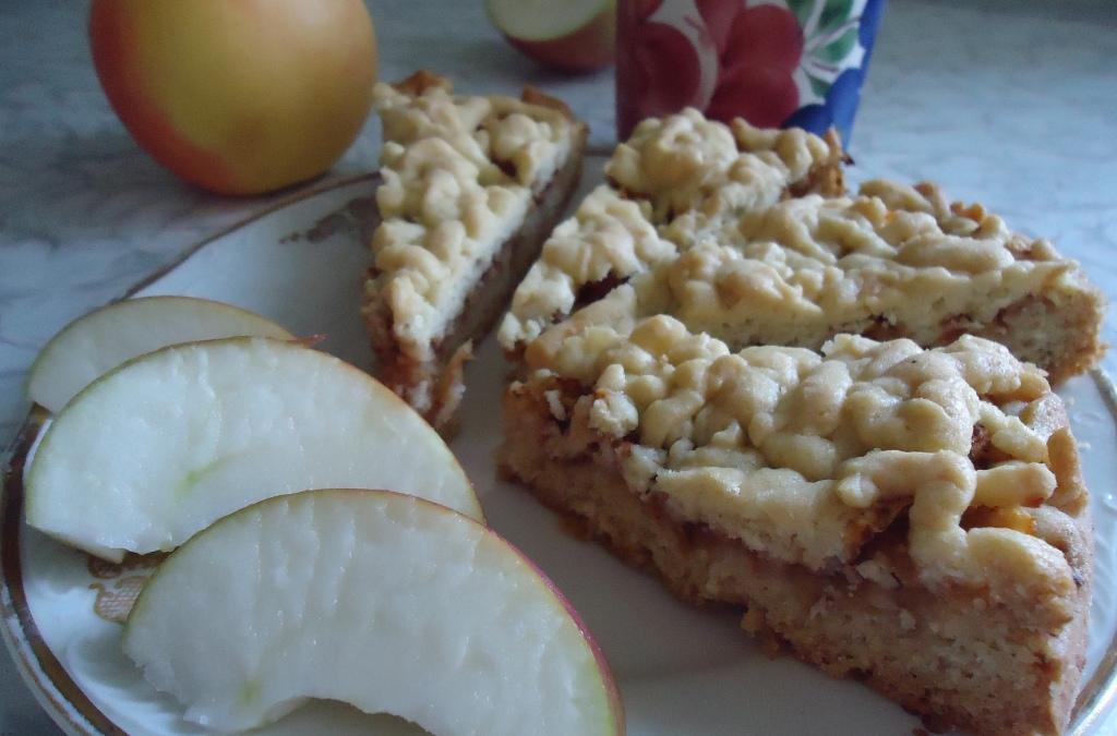 Яблочный пирог «Август»